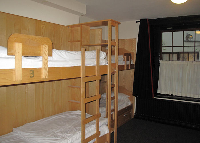 Globetrotters-Hostel-Dorms-2 (1)